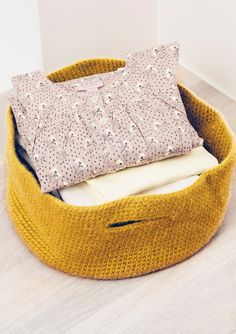 Click to enlarge Crochet Home, Knit Crochet, Bean Bag Chair, Inspiration, Wool, Knitting, Interior, How To Make, Crafts