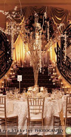 Glamorous gold Gatsby themed wedding reception - such a stunning centerpiece #wedding #gold #gatsby #reception #artdeco