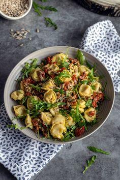 Tortellini, Pasta Salad, Sprouts, Potato Salad, Potatoes, Vegetables, Ethnic Recipes, Food, Crab Pasta Salad
