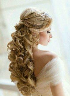 Los mejores peinados para Quinceañeras con el cabello largo