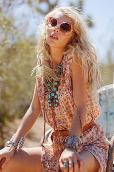 Boho chic ethnic tribal turquoise & silver necklace for a modern hippie allure, feathers & gypsy spirit. For the BEST Bohemian fashion trends for 2015 FOLLOW http://www.pinterest.com/happygolicky/the-best-boho-chic-fashion-bohemian-jewelry-gypsy-/ now.