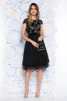 StarShinerS black dress occasional cloche laced from tulle with inside lining accessorized with tied waistband, accessorized with tied waistband, inside lining, flaring cut, short sleeves, laced fabric, back zipper fastening