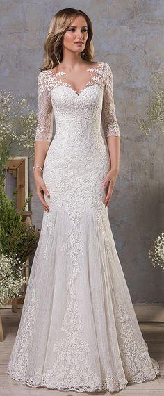 Fashionable Tulle & Lace Bateau Neckline Natural Waistline Mermaid Wedding Dress With Lace Appliques