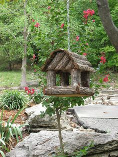 Awesome Birdhouse - little log cabin