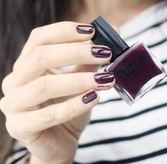 6 Ways to Extend the Life of Your Manicure | Her Campus