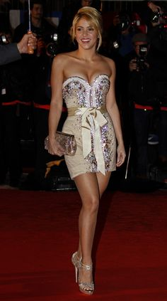 Shakira...absolutely IN LOVE with this dress.