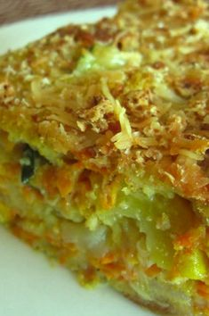 Try Light-as-a-Feather Zucchini Casserole - Marlene Koch! You'll just need 4 teaspoons margarine or butter, divided, 6 cups coarsely grated zucchini (about. Zucchini Casserole, Bake Zucchini, Casserole Dishes, Casserole Recipes, Quiche Recipes, Zuchinni Recipes, Vegetable Recipes, Vegetarian Recipes, Healthy Recipes