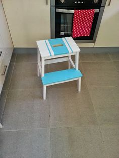 Our Little : Painted step stool