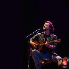 Eddie Vedder singing Imagine