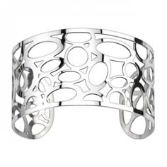 Our flirty Bubble Tea bracelet gives a playful spin to a high fashion staple – the silver cuff! A perfect addition to your little black dress, this bracelet also looks great with jeans and a simple ta Stainless Steel Jewelry, 316l Stainless Steel, Bracelets For Men, Bangle Bracelets, Bangles, Bracelets Bleus, Titanium Jewelry, Girls Jewelry, Silver Cuff