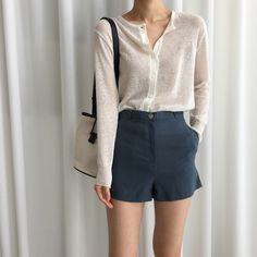 Korean Fashion Trends you can Steal – Designer Fashion Tips Simple Outfits, Short Outfits, Summer Outfits, Casual Outfits, Cute Outfits, Look Fashion, Fashion Outfits, Fashion Ideas, Mode Ulzzang