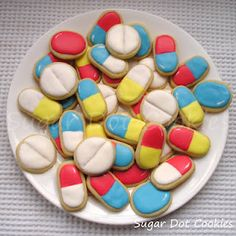 Sugar Dot Cookies - Pill sugar cookies tutorial.  Put them in a jar and give for get well wishes.