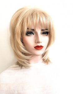 Model ANTOANETA #105-Peruca par natural mediu blond cenusiu | Peruci.ro | Peruci.ro Human Hair Wigs, Wig Hairstyles, Blond, Nature, Model, Naturaleza, Scale Model, Nature Illustration
