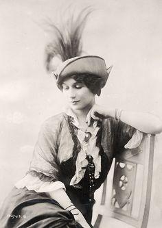 1910's hat