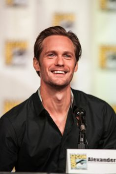 Alexander Skarsgard - the main reason why I want to go back to Sweden.