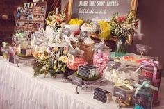 Dessert table at a Vintage Garden Wedding #gardenwedding #vintageparty