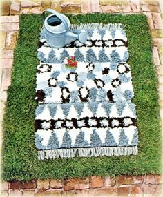 Latch hook kits   Latch hook rug making   Latch hook rug kits