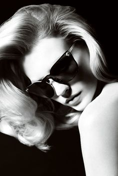 January Jones for Versace accessories S/S 2011 by Mario Testino