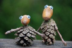 Awesome Acorn Pine Cone People