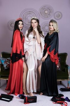 Royal Robe Red Black Kimono Peignoir Nightgowns Lace Sleeve
