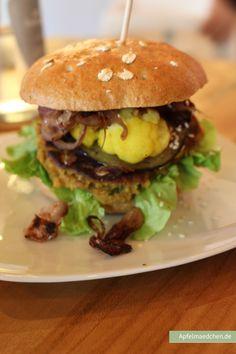 Vegan unterwegs: Diesen superleckeren Burger haben wir bei Bunte Burger in Köln-Ehrenfeld verspeist | Apfelmädchen & sadfsh