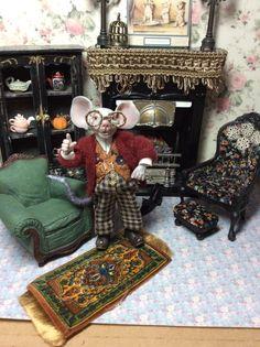 Mouse Miniarure Mouse House Doll House Miniature by LoreleiBlu