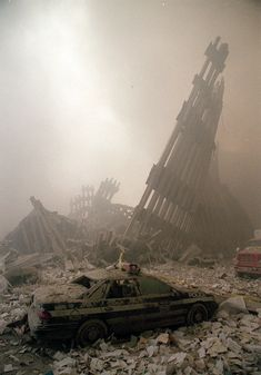 A photo album of the World Trade Center's life and violent death. 11 September 2001, Remembering September 11th, Remembering 911, 911 Never Forget, Lest We Forget, World Trade Center Attack, Tower Falling, Bodies, Tours