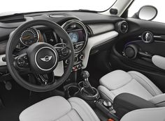 LA Auto Show: 2014 MINI Hardtop - Bigger, Lighter, and Cuter | TFLCar.com: Automotive News, Views and ReviewsThe Fast Lane Car: Auto News, V...