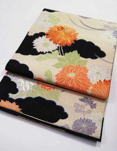 アンティーク着物・アンティーク帯・オリジナル和装アイテムの販売