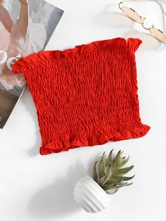 Boho Bandeau Plain Slim Fit Strapless Red and Bright and Neon Crop Length Shirring Bandeau Top Crop Top Outfits, Mode Outfits, Trendy Outfits, Summer Outfits, Fashion Outfits, Ootd Fashion, Fashion Ideas, Trendy Clothing, Fashion Black