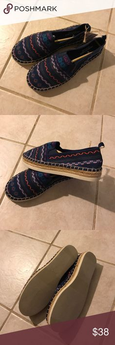 American Eagle Outfitters Shoes American Eagle Outfitters Shoes-Size 9-No flaws-Super cute design-Any questions just ask! American Eagle Outfitters Shoes Espadrilles