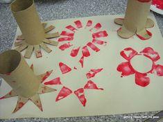 Con los rollos de cartón del papel higiénico los niños pueden hacer muñecos…