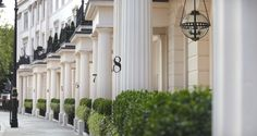 Grosvenor Crescent, London - http://www.adelto.co.uk/luxurious-grosvenor-crescent-renovation-by-helen-green-designs-london