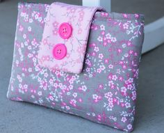 The Stitching Scientist: Simple 30 minute Tablet Case Tutorial