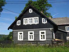Roubené domy s vaznicovým krovem - Jizerské hory, Severní Čechy - Folk architecture - Czech Republic