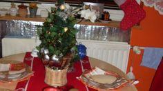 Šťastné a veselé u nás doma Tree Skirts, Christmas Tree, Holiday Decor, Home Decor, Teal Christmas Tree, Decoration Home, Room Decor, Xmas Trees, Christmas Trees