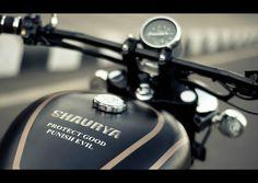 Shaurya-Modified-Royal Enfield-Matte-Black-Speedemeter.jpg