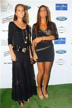 El estilo único de Isabel Preysler: fotos de los looks - Isabel Preysler con falda negra