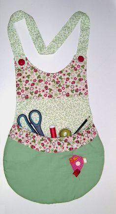 PATCHWORK by Yolanda Dreher: Avental para Materiais de Costura