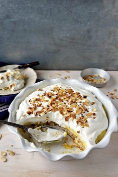 Doce Brilhante - Basta Cheio Other Recipes, Sweet Recipes, Cake Recipes, Dessert Recipes, Portuguese Desserts, Portuguese Recipes, Peaches And Cream Cake Recipe, Luxury Food, Healthy Cake