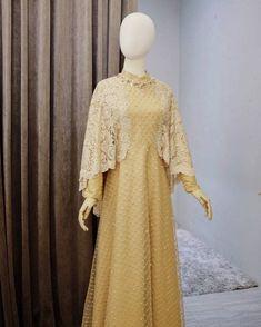 Dress Brukat, Kebaya Dress, Modest Fashion Hijab, Muslim Fashion, Fashion Outfits, Dress Brokat Muslim, Kebaya Brokat, Bridesmaid Outfit, Beautiful Prom Dresses