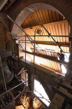 Restauratie Domtoren | Utrecht | Beheer en Onderhoud | Plegt-Vos | De eeuwenoude Domtoren in Utrecht heeft vele restauraties achter de rug. In opdracht van de gemeente heeft Plegt-Vos verschillende onderhoudswerkzaamheden uitgevoerd.
