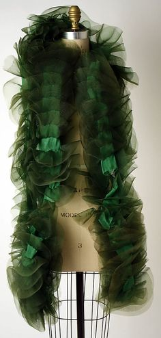 Dior Boa - 1950's - Attributed to House of Dior (French, founded 1947) - Silk, synthetic - The Metropolitan Museum of Art - @~ Mlle