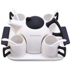 Modern White And Black Tea Set tea stuff tea things tea party set modern tea set Cool Kitchen Gadgets, Kitchen Items, Tea Cup Saucer, Tea Cups, Vase Deco, Tea Pot Set, In China, Ceramic Teapots, How To Make Tea