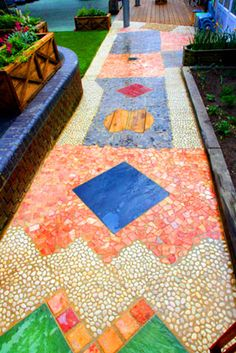 Sensory mosaic pathway in an AMAZING playground