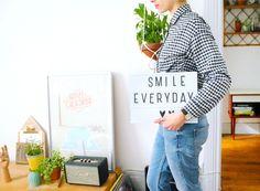 Une vie plus Feel Good Grâce à la décoration.   Utiliser des objets pour vous laisser des messages joyeux. Lightbox/ Smile everyday.   /  A Feel Good Life Through Decoration.  Use objects to leave you happy messages. Lightbox / Smile everyday.
