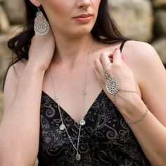 WANDERLUST Filigree Hand Chain | Silver