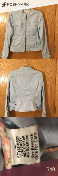 Authentic Cabi Jacket Cotton Blend Blue Front Zip Dobby Stripe Jacket with Flattering Princess Seams. Size L Great Condition CAbi Jackets & Coats Jean Jackets