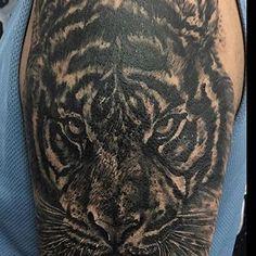 @pardaltattoo Desde 2007 trazendo o melhor da Tattoo e piercing. 📲 (62)99217-7602 ☎️ (62)37061220 🏠 End Av Goiás nº 831, centro Anápolis - GO 📧 pardaltattoostudio@gmail.com SIGAM NO INSTAGRAM ☟☟☟ @PARDALTATTOO @PARDALTATTOO @PARDALTATTOO @PARDALTATTOO @PARDALTATTOO @PARDALTATTOO @PARDALTATTOO #tattoo#tattoos#blackandgrey#tatuagem #tattooartist#illustration#tattoogirl#linework#tattooed #blacktattooart #tattooist#tattooart#tatuaje…