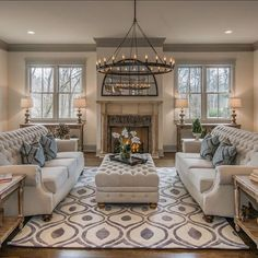 Loving this family room design! By Millworks Designs